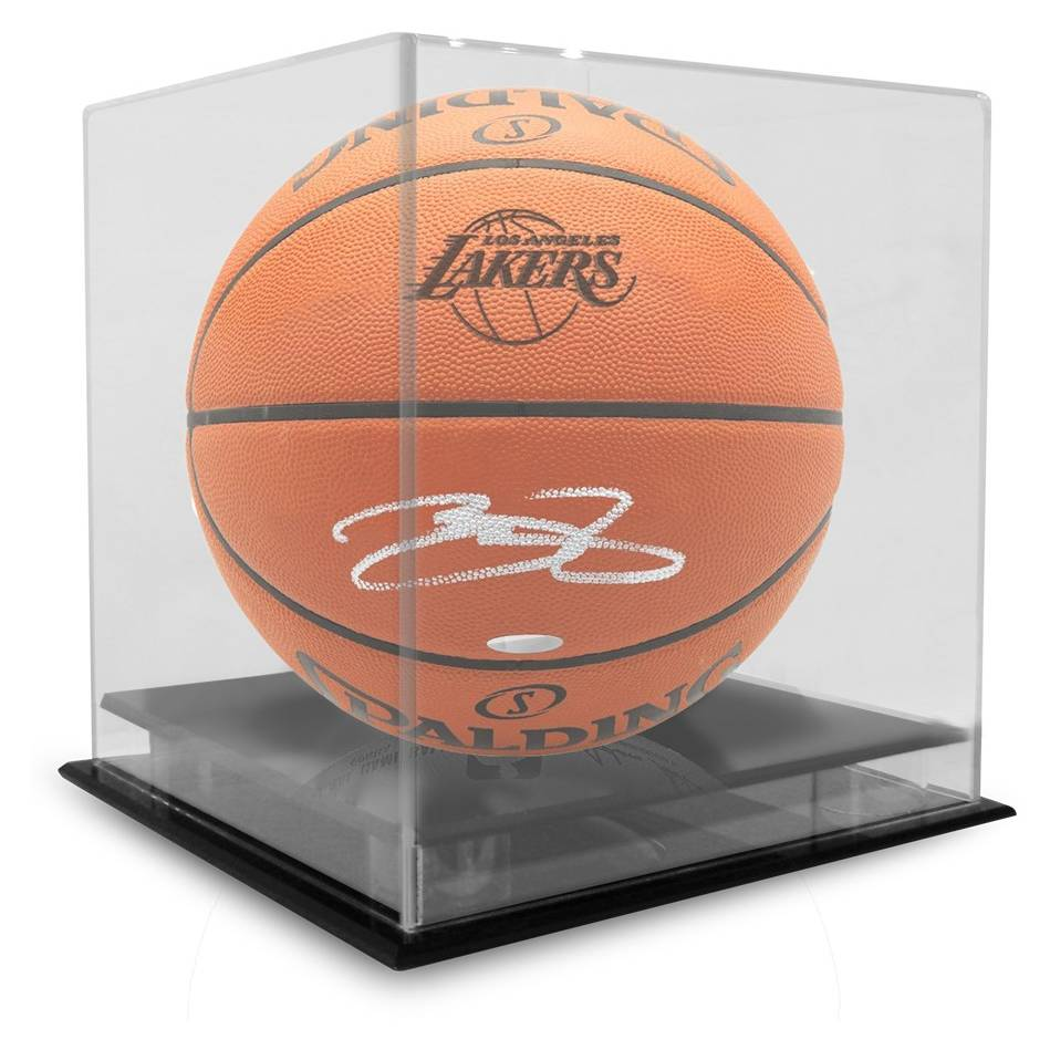 mainLeBron James Signed Basketball1