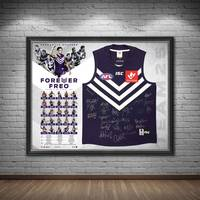 Fremantle Football Club 25 Year Team Signed 'Forever Freo'1