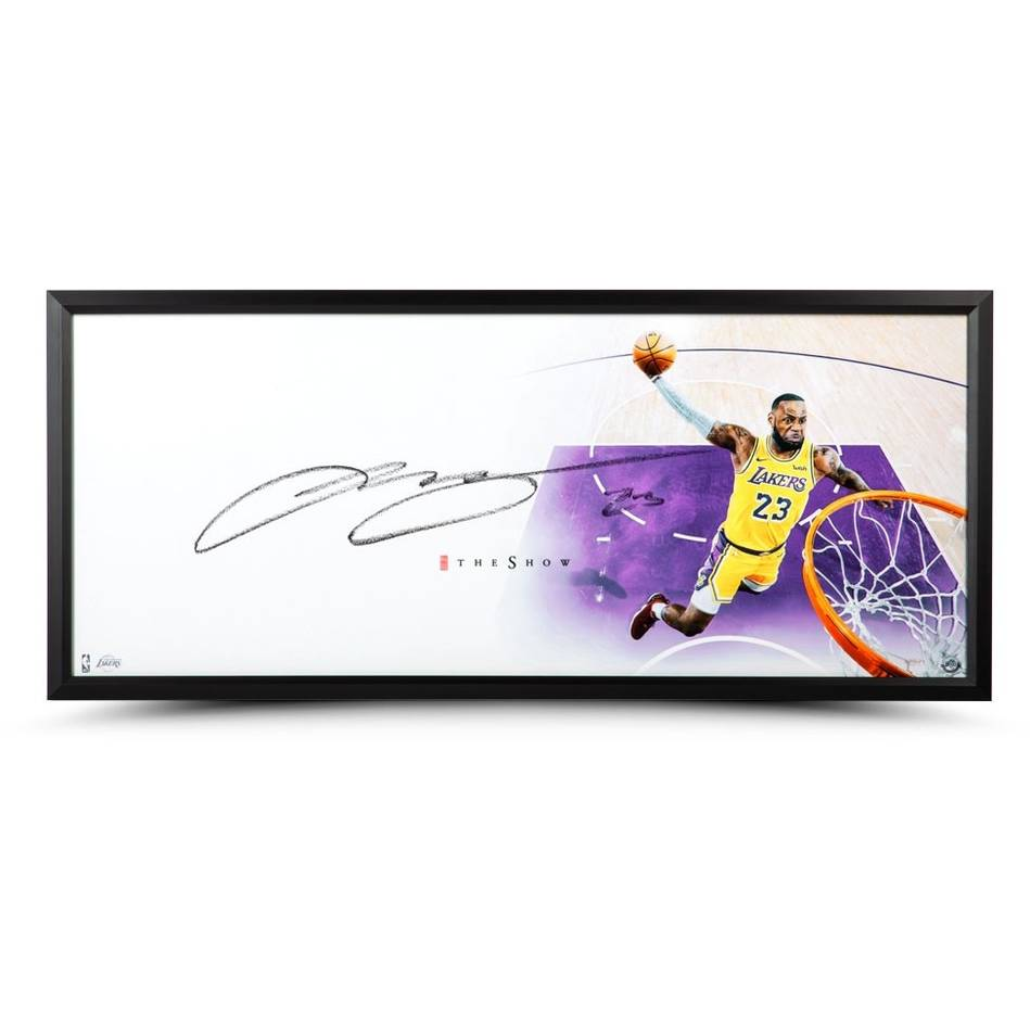 mainLeBron James Signed 'The Show'0